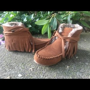 NEW Leather & Fur Lined Moccasin Booties Sz.6